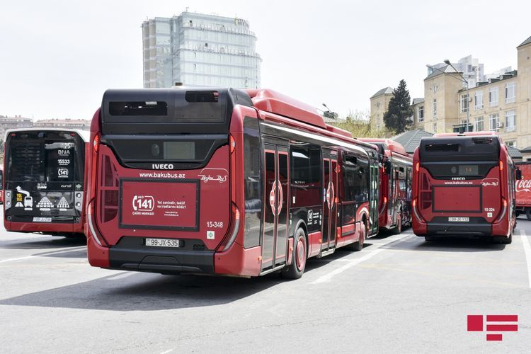 В выходные дни в 13 городах и районах общественный транспорт работать не будет