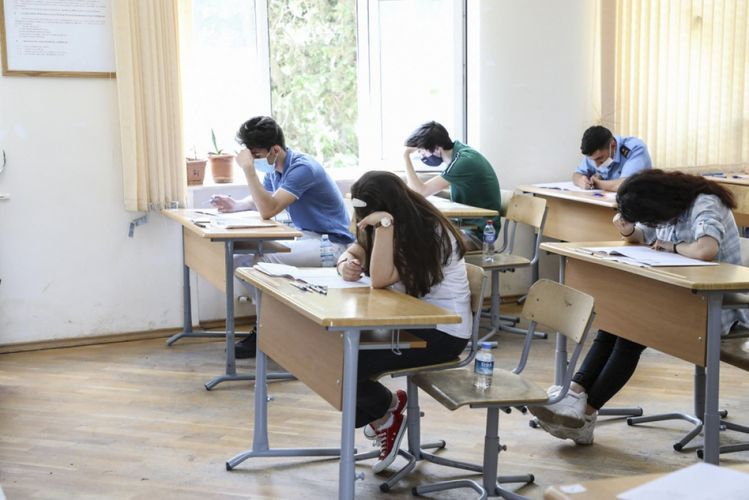 В Азербайджане объявлены результаты некоторых вступительных и приемных экзаменов
