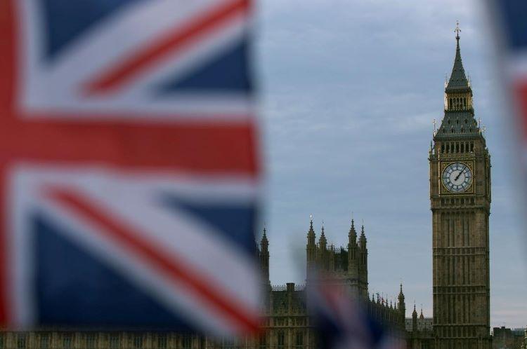 Böyük Britaniya iqtisadiyyatı rekord səviyyədə azalıb