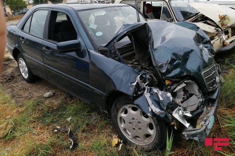 Sumqayıtda iki avtomobil toqquşub, ölən var - <span class='red_color'>FOTO</span>