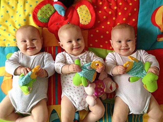 В первой половине этого года в Азербайджане родились 1608 близнецов, 57 тройни