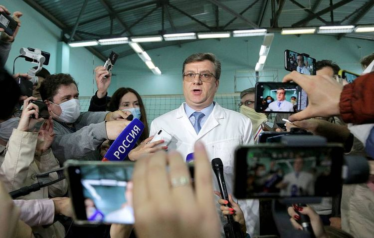 German specialists to check Alexey Navalny's condition , says chief medic
