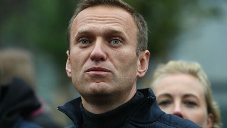 Flight from Omsk to Germany with Navalny delayed till Saturday morning
