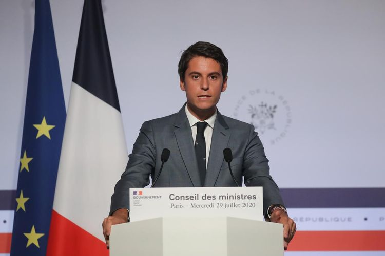 France delays launch of COVID-19 economic reboot plan to September