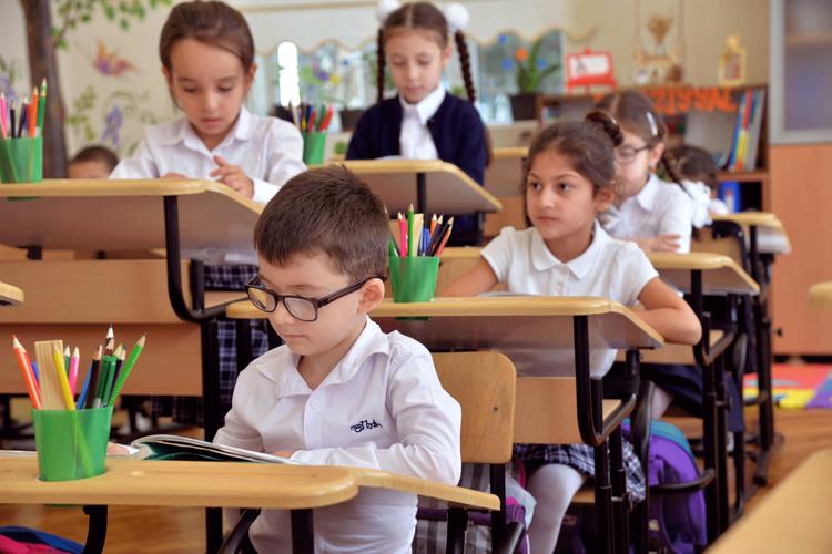 Для обучения в дошкольных группах в Баку зарегистрировались более 17 тысяч детей