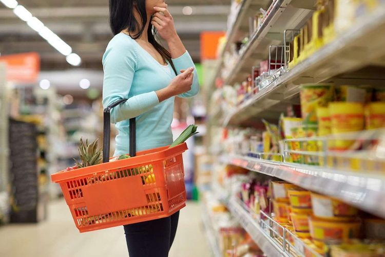 This year, Baku residents spent AZN 5,7 bln. on food, beverage and tobacco products