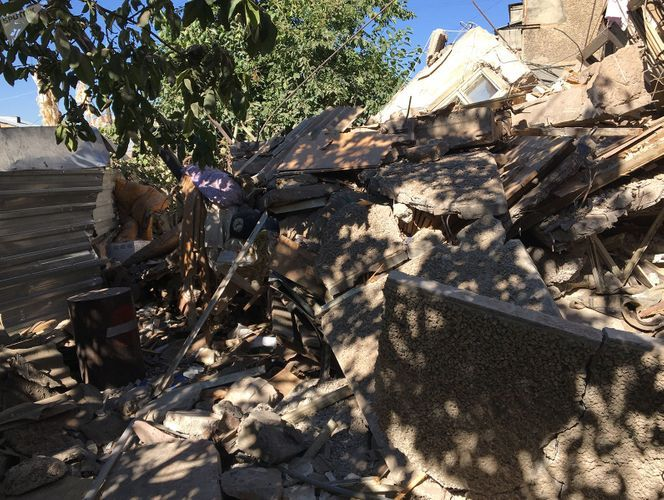 Apartment building partially collapsed as a result of gas explosion in Yerevan
