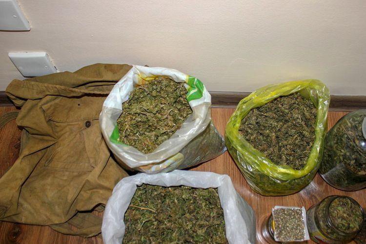 Abşeron sakinlərindən 2,5 kq narkotik vasitə götürülüb