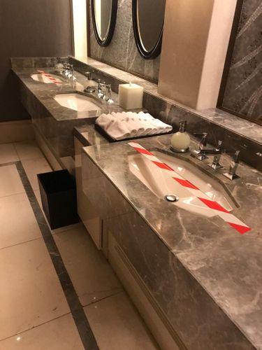 Pandemiya dövründə fəaliyyət göstərən hotellərdə monitorinq aparılır
