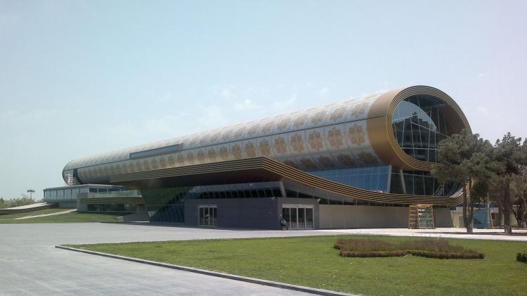 В Азербайджане открываются музеи и выставочные залы