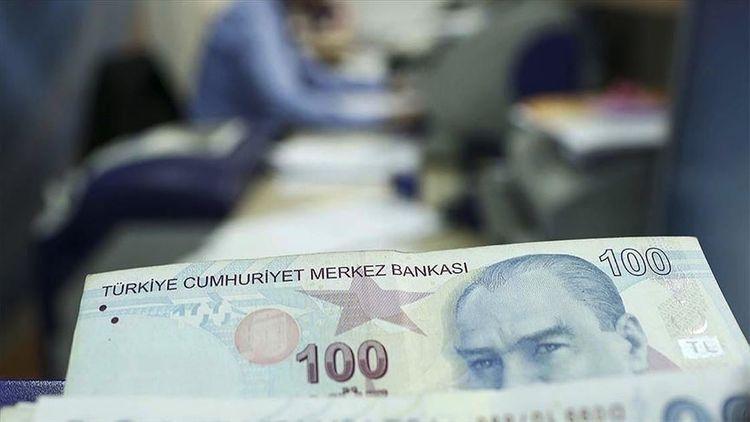 Turkish economy narrows 9.9% in Q2