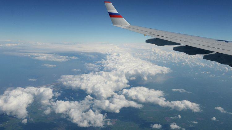 Спецрейс вывез из США 23 депортируемых россиянина
