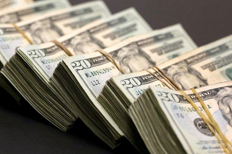 На сегодняшнем валютном аукционе банки приобрели 63 млн долларов