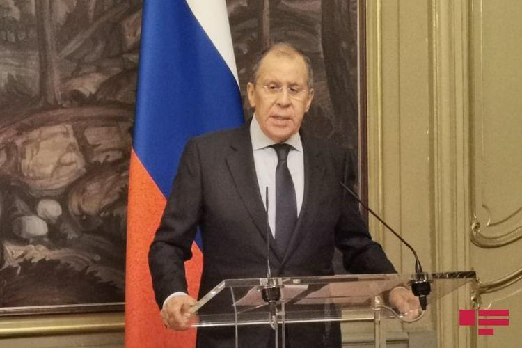 Лавров: Азербайджан и Армения должны быть вовлечены в работу Центра гуманитарной помощи в Карабахе