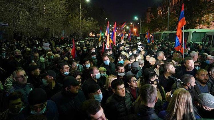 В Ереване проходит акция с требованием об отставке Никола Пашиняна