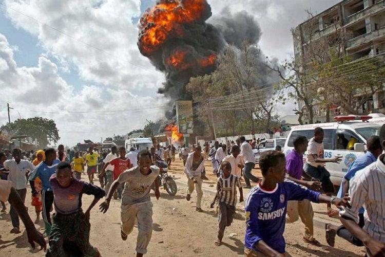 Somalidə stadionda törədilmiş partlayış zamanı azı 10 nəfər ölüb - <span class=