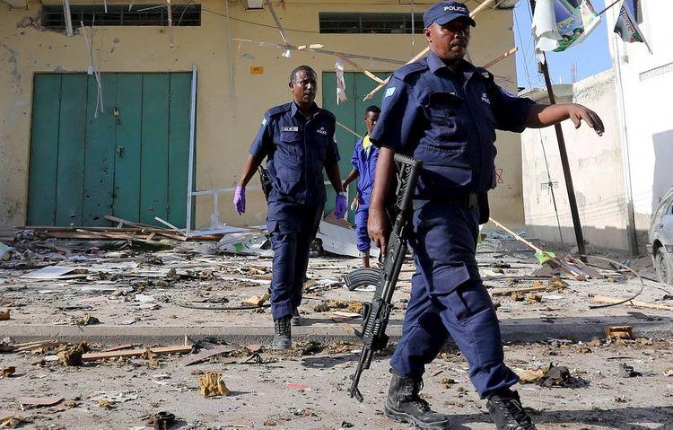 В Сомали на стадионе при подрыве террориста-смертника погибли 10 человек