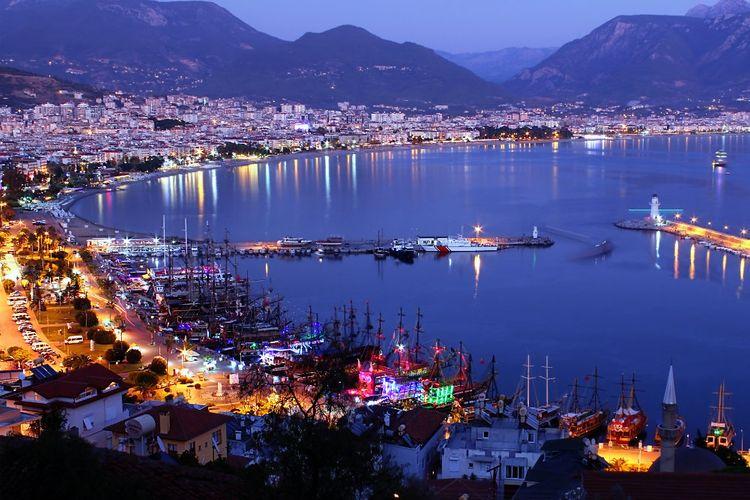 МВД Турции запретило все развлекательные новогодние мероприятия в отелях страны