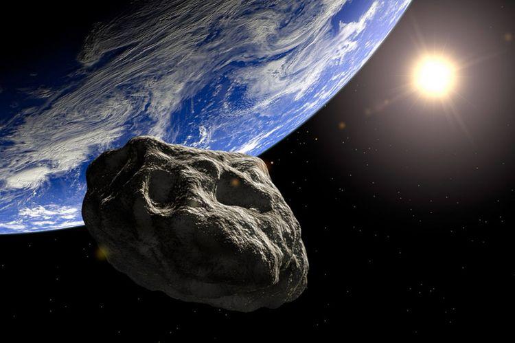 К Земле приближаются три потенциально опасных астероида