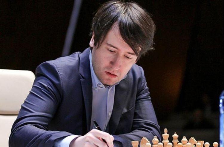 Teymur Rəcəbov Yan Nepomnyaşi ilə heç-heçə edib