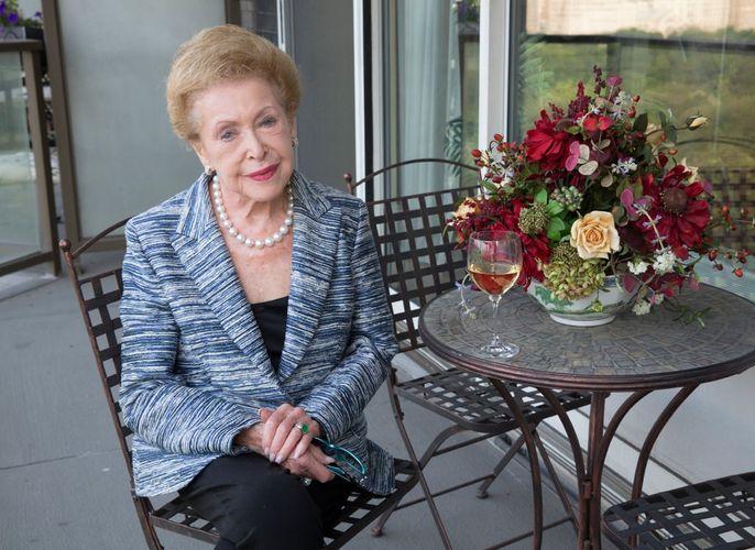 Mary Higgins Clark dies at 92