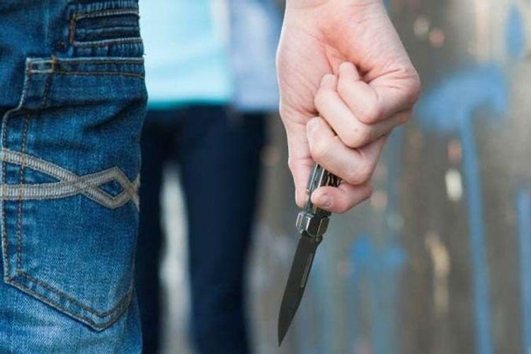 В Баку сын экс-главы ИВ ранил ножом бывшую жену