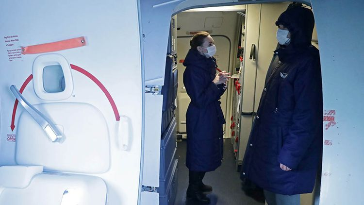 Russia sends first plane to evacuate citizens from China