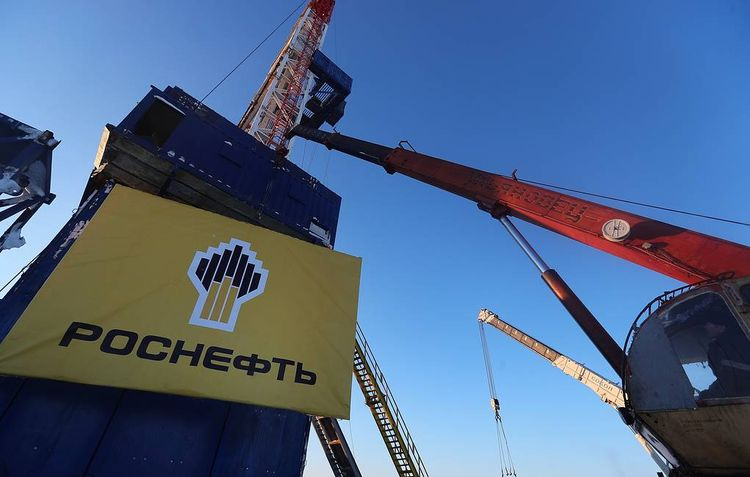 Rosneft signs contract on supply of 2 mln tonnes of oil to India by end-2020