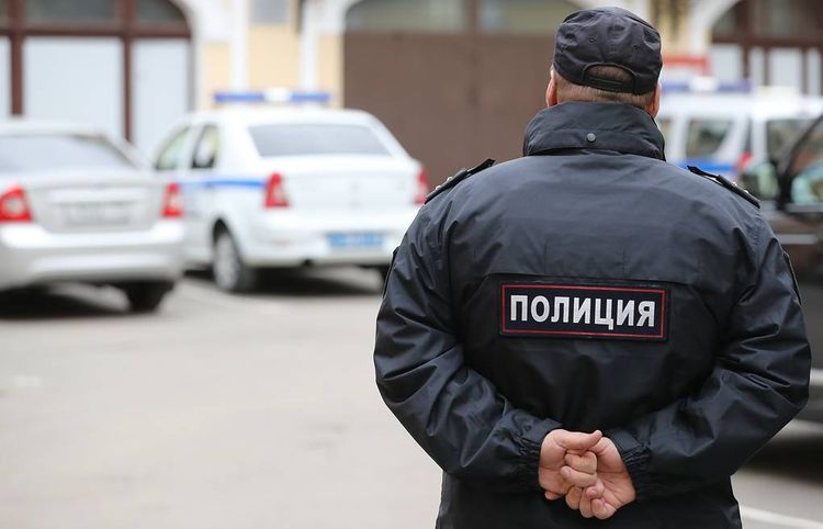 Petrol bombs thrown at Moscow court, source says
