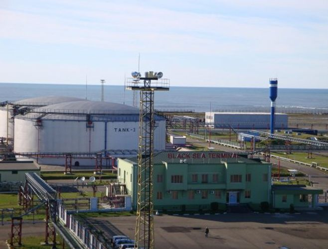 SOCAR's oil terminal in Black Sea increases freight unloading by 16%