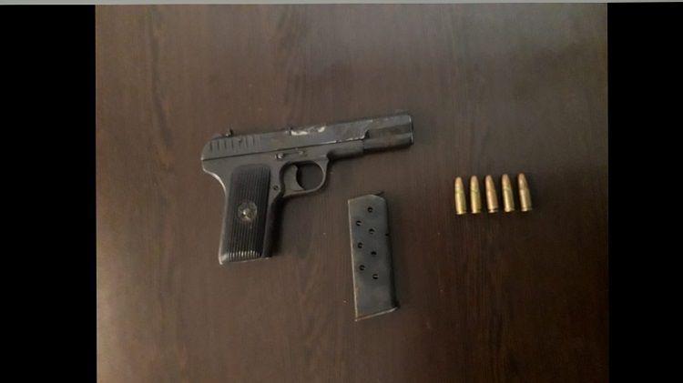 В Баку задержан вооруженный человек – <span class='red_color'>ФОТО</span>