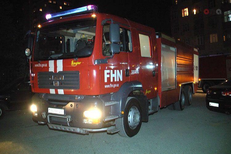 В результате пожара в Шамкире погиб 1 человек, 3 получили ожоги  - <span class=
