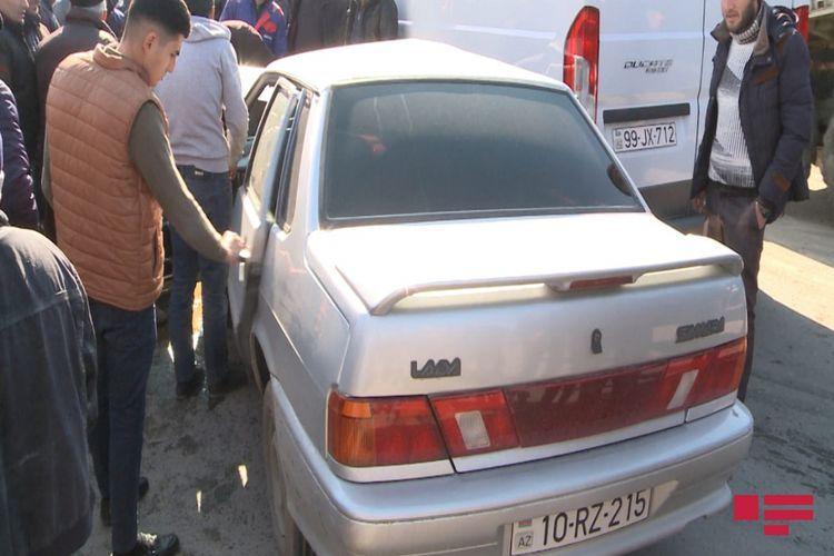 В Агдаме столкнулись легковой и грузовой автомобили, есть пострадавшие - <span class='red_color'>ФОТО</span>