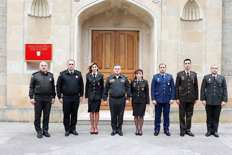 Graduation ceremony for students of English Language Teacher Training Courses  held at the War College