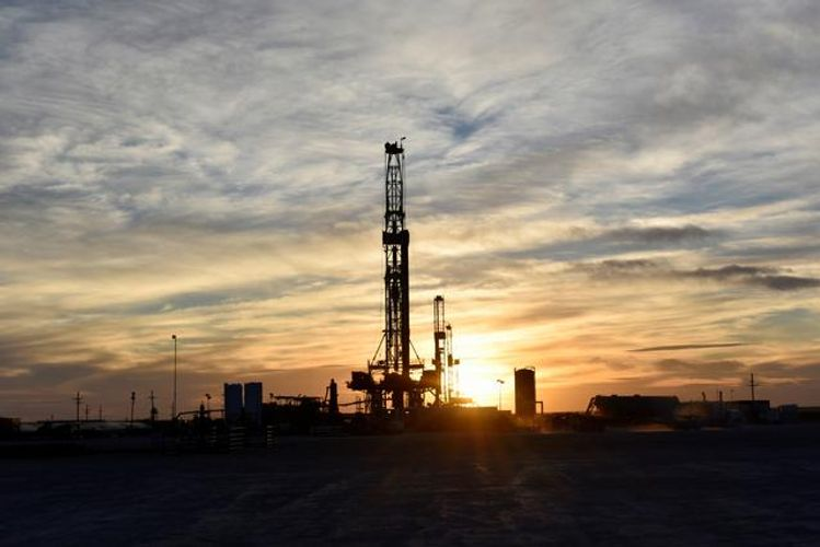 Oil prices rise about 1%, up from 13-month low as virus cases slow