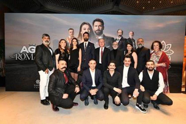 """İstanbulda """"Ağır Romantik"""" filminin qala gecəsi keçirilib"""