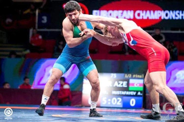 Азербайджанский борец завоевал серебряную медаль чемпионата Европы