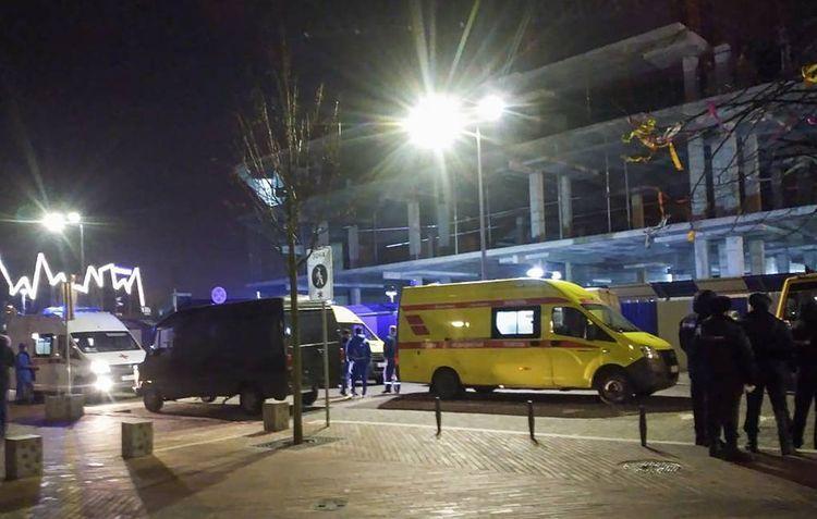 В России неизвестный застрелил двух человек на улице