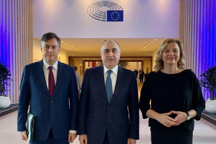 Министр: Карабахский конфликт должен быть урегулирован в соответствии с резолюциями Европейского парламента