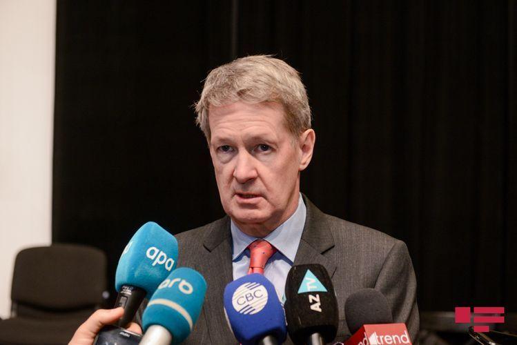 Посол Великобритании: Будем думать о развитии новых торговых отношений с Азербайджаном