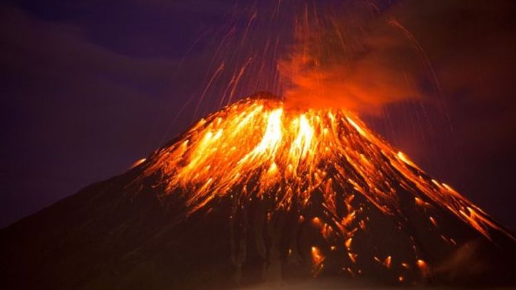 """""""The Black Giant"""" volcano shows signs of collapse, claim scientists"""