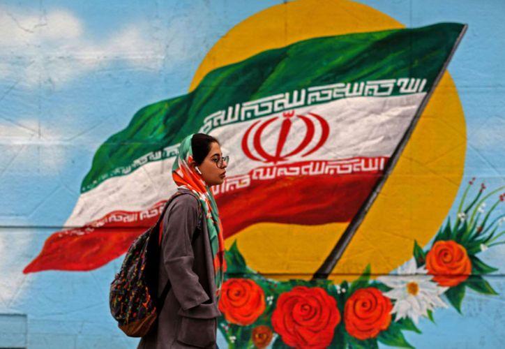 U.S. blacklists five Iranian officials for impeding