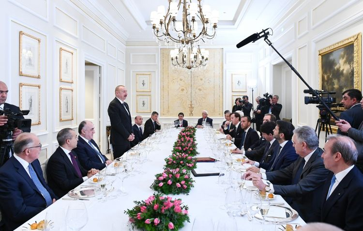 President Ilham Aliyev had working dinner with heads of Italian largest companies - UPDATED