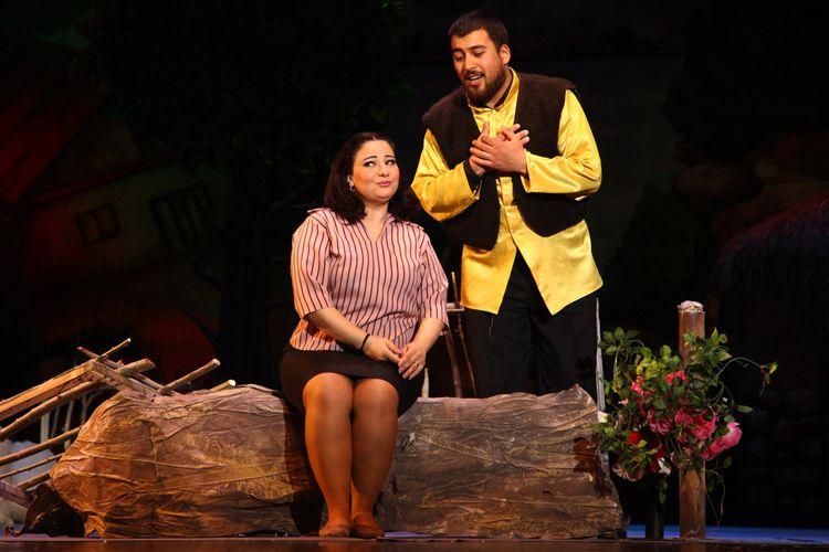"""Akademik Musiqili Teatrda """"Beş manatlıq gəlin"""" nümayiş olunacaq"""