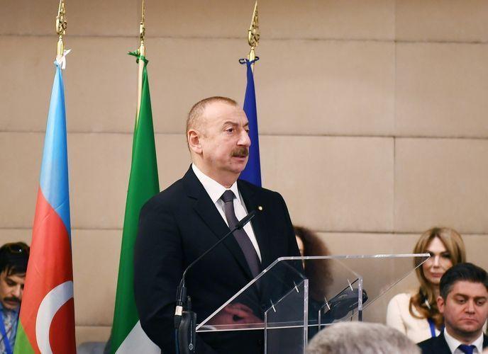 Ильхам Алиев: Азербайджан превратился уже в один из международных транспортных и логистических центров