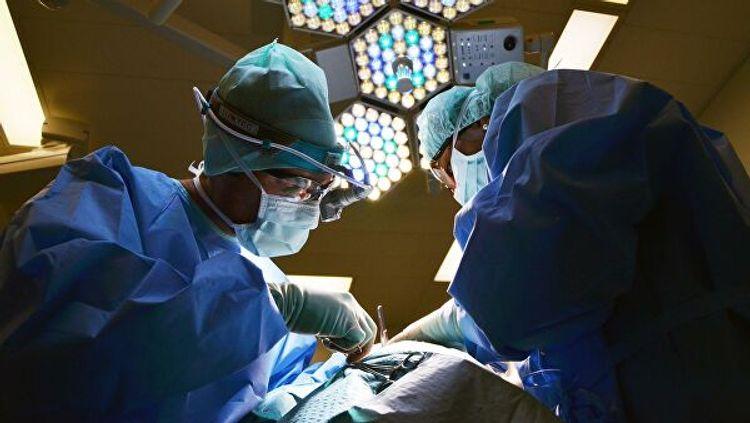 Во Вьетнаме провели первую в мире пересадку кисти от живого донора