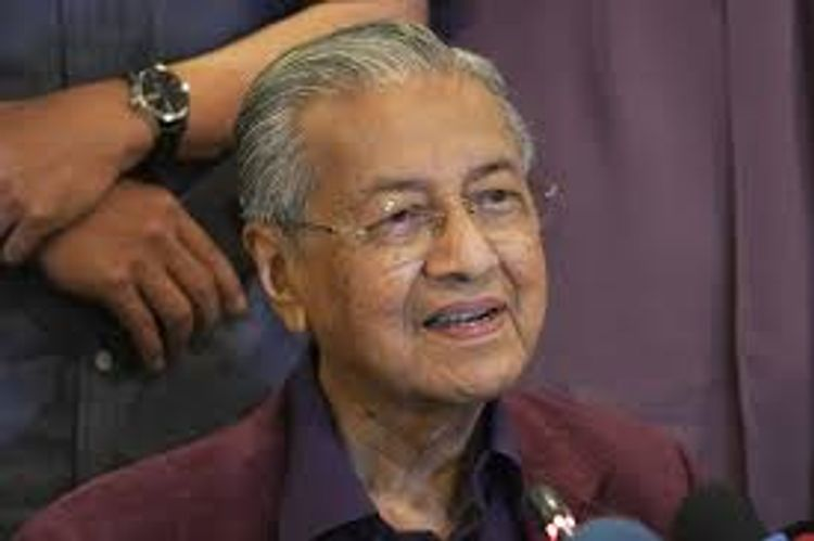 Malaysian king to meet all lawmakers to decide the next PM
