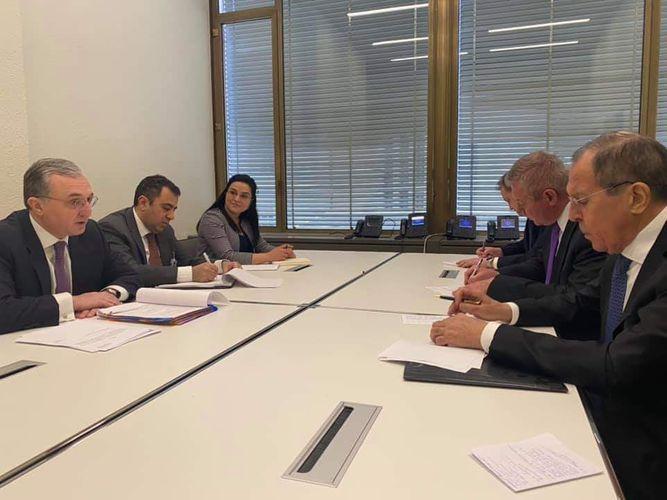 Russian,  Armenian FMs meet in Geneva