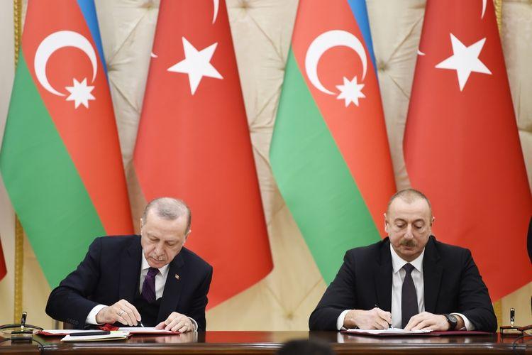 Подписаны документы между Азербайджаном и Турцией - ОБНОВЛЕНО