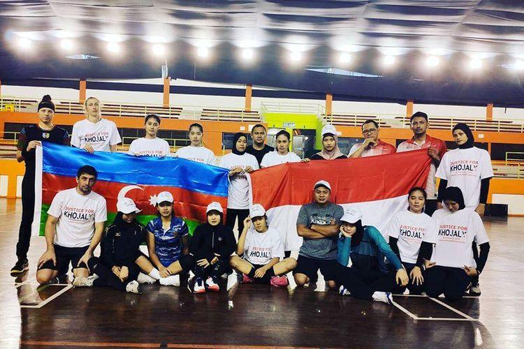 """İndoneziyanın """"Cakarta"""" voleybol klubu Xocalı soyqırımını yad edib"""